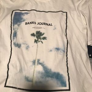 NWT Bank Journal men's palm tree tee M